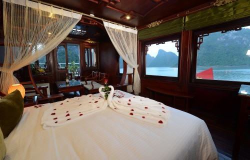 Halong Bay - Royal Palace Cruise